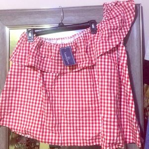 Over the shoulder top white and red checkered top